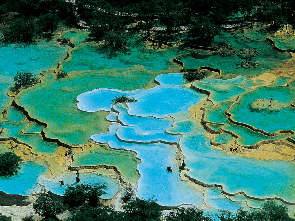 Huanglong scenic and historic interest area travel china for Piscinas lindas